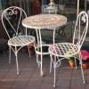 Tavolo da giardino e sedie ferro. piano in tessere di mosaico. ANDROMEDA