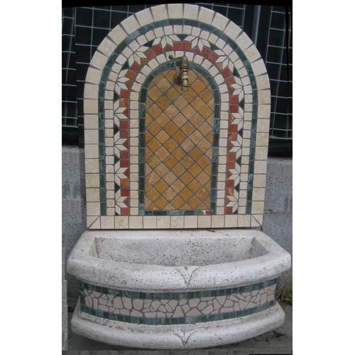 Fontana a parete mosaico geometrica for Parete a mosaico