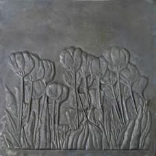 Lastra ornata in ghisa per camino tulipani cm 60xh.60. PIAORN44