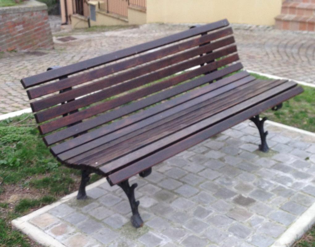 Panchine Da Giardino In Ghisa E Legno.Panchina Foresta Ghisa Legno Pino Parco Arredo Urbano Pino