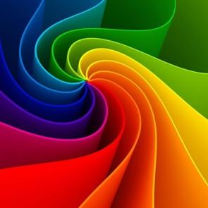 arcobaleno di colori a spirale per arredo urbano