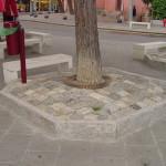 Aiuola pavimentata con griglia protezione albero in ghisa modello 11113 d85xd.50