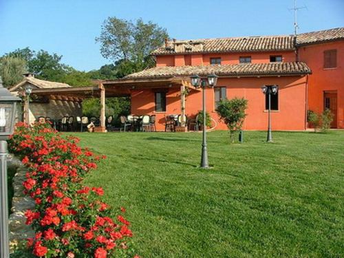 Illuminazione agriturismo ca 39 dorale fonderia innocentifonderia innocenti - Pali illuminazione da giardino ...