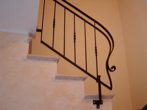 Ringhiere per interno e corrimano scala in ferro forgiato for Applique scale interne