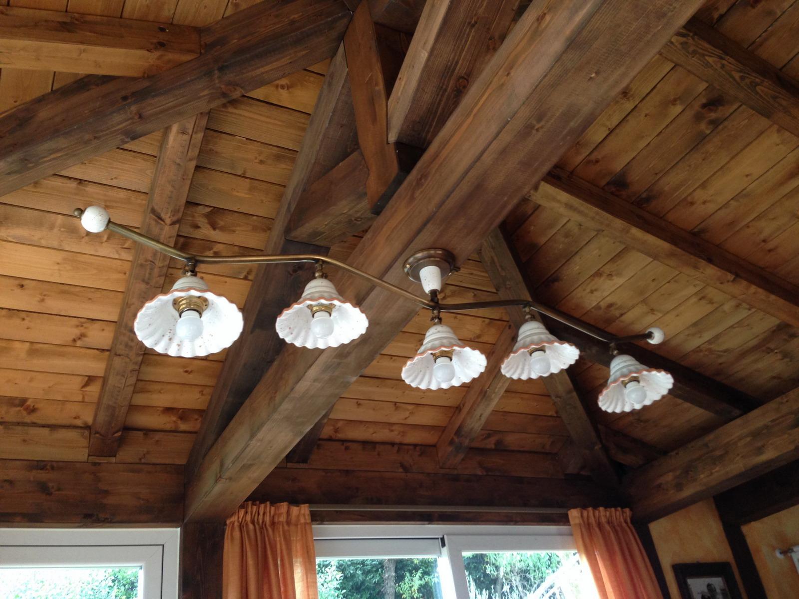 lampadari per taverna : illuminazione ceramica taverna lampadario soffitto tralcio cinque luci