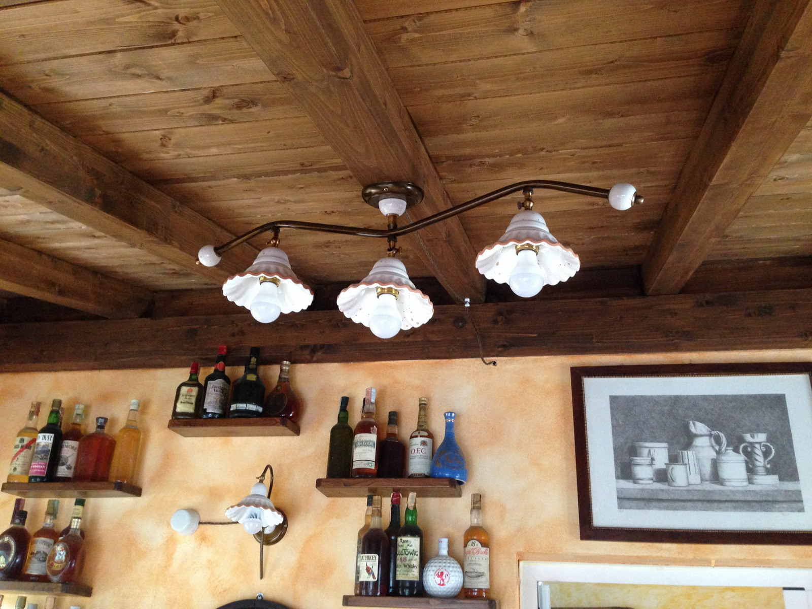 Taverna illuminazione lampadari e applique in ceramica for Accessori lampadari