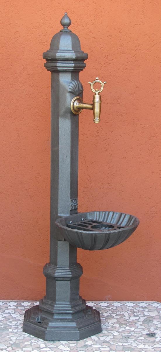 fontana giardino ghisa pugliese piccola