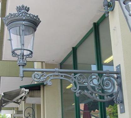 Mensola illuminazione a muro modello albini lanterna reale piccola 12228 12006 fonderia - Mensole da esterno ...