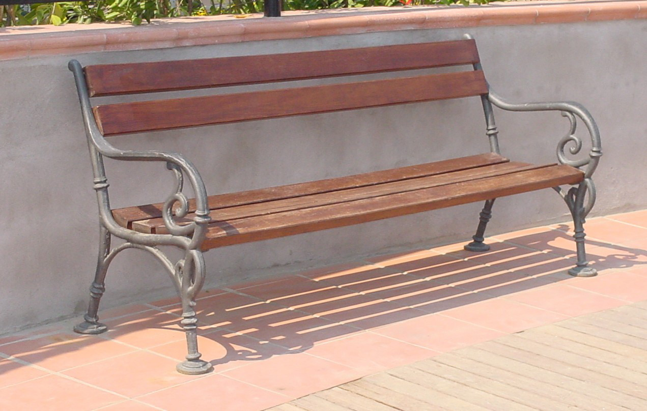 Panchina vienna per giardino e parco 4007 fonderia - Panchine da giardino ikea ...
